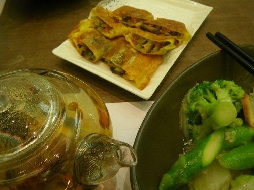 Finally! Vegetarian yuba dish at the airport