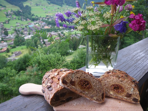 Spicy Simmental fig loaf