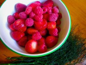 Raspberry strawberry gift