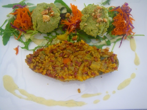 Brown rice & vegetable pilaff with pea hummus