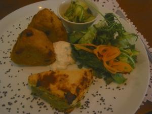 Cycling the travelling vegan - Vegetarian restaurant valencia ...