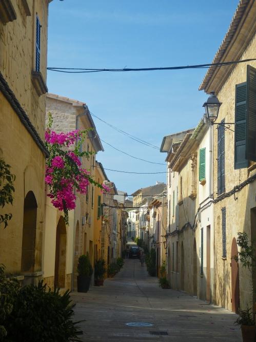 Alcúdia little back streets