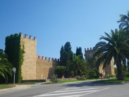Alcúdia with surviving 15th C walls